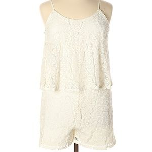 MOSSIMO Ivory Lace Flounce Romper